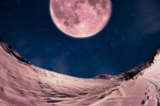 红月夜空沙漠背景